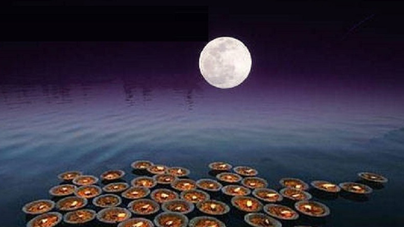 Kartik Purnima 2018: know Date, Significance, Pooja time and Prasad of Kartik purnima