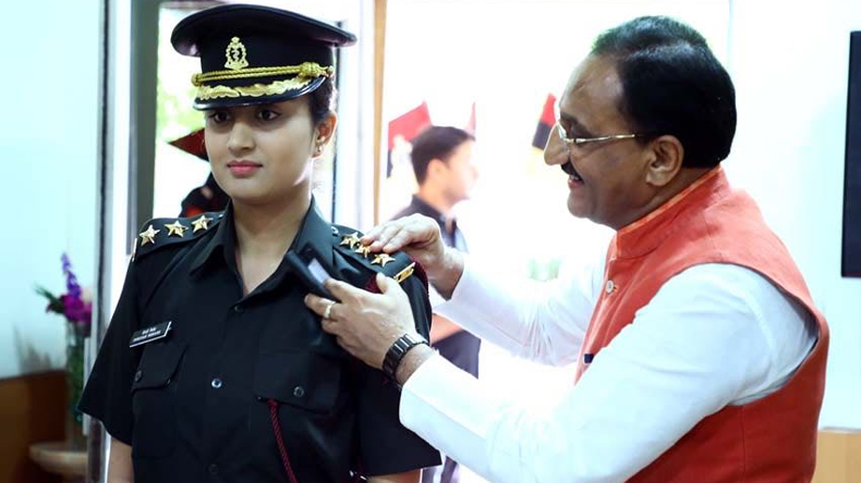 UK Former CM Ramesh Pokhariyal Daughter joins Indian Army