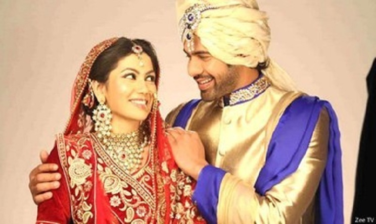 Kumkum Bhagya 12 October 2018 Full Episode Written Updates: pragya changed her getup for criminals