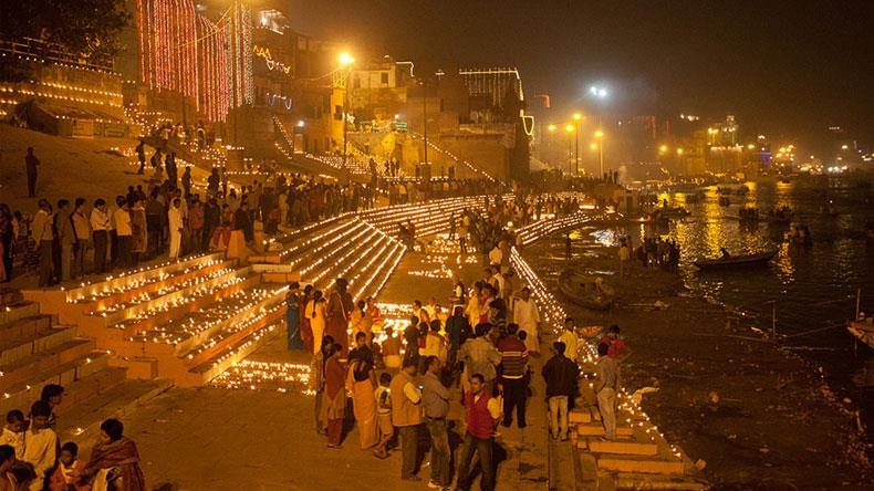Dev Deepawali 2018: Know Why Dev Diwali is Celebrated in Kashi Varanasi only