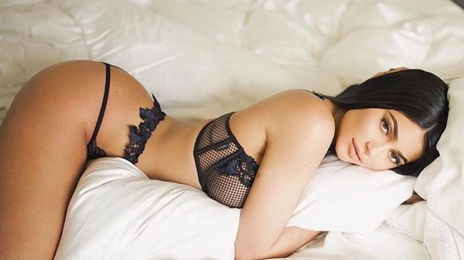 Kylie Jenner Lying on Bed in Hot Sexy Black Exotic Lingerie - Inkhabar