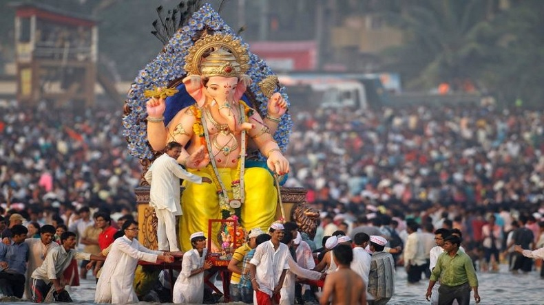 Happy Ganesh Chaturthi 2019 Shayari in Hindi
